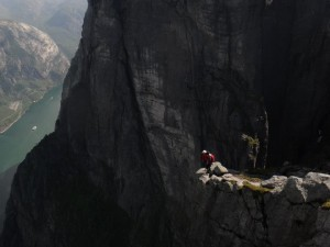 Base Jumping, Kjerag Waterfall Exit