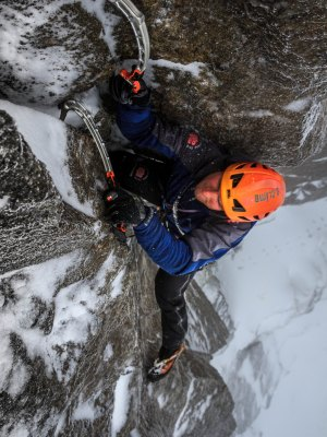 Performance Ice and Mixed Climbing